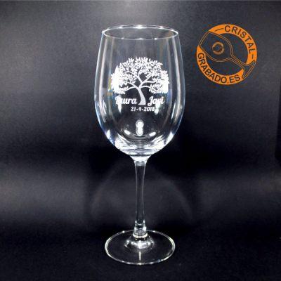 Copa de vino grabado con dibujo de Boda