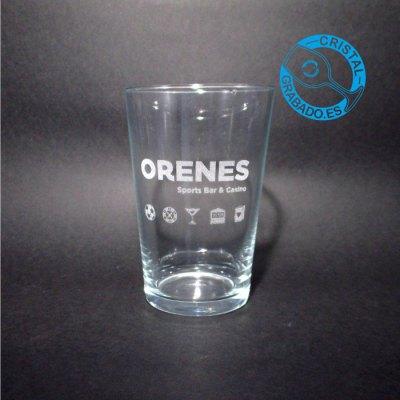 Vaso de cerveza grabado con logotipo de Bar en Madrid