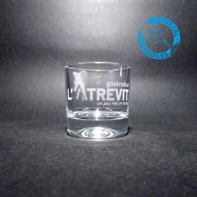 Vaso de chupito grabado con logotipo de Restaurante en Girona