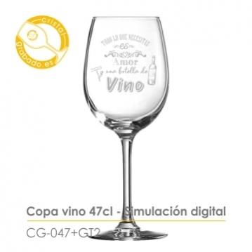 Copas grabadas con frases originales sobre el vino
