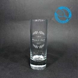 Nuevo producto en el catálogo de vasos de cristalgrabado.es. Vaso de chupito Alto 6cl.