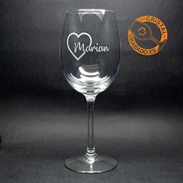 Vasos y copas de cristal personalizados mediante grabado láser
